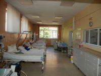 COVID-19: Numărul pacienților de la ATI scade sub 900, în România